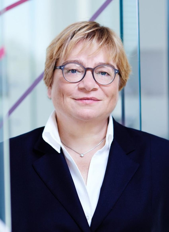 Porträt von Prof. Dr. Martina Schraudner
