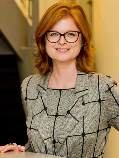 Porträt von  Dr. Isabel Rohner