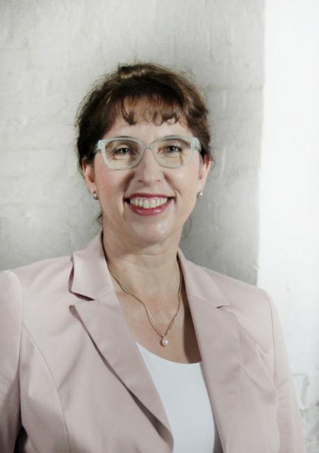 Porträt von Dr. Kerstin Weißenstein